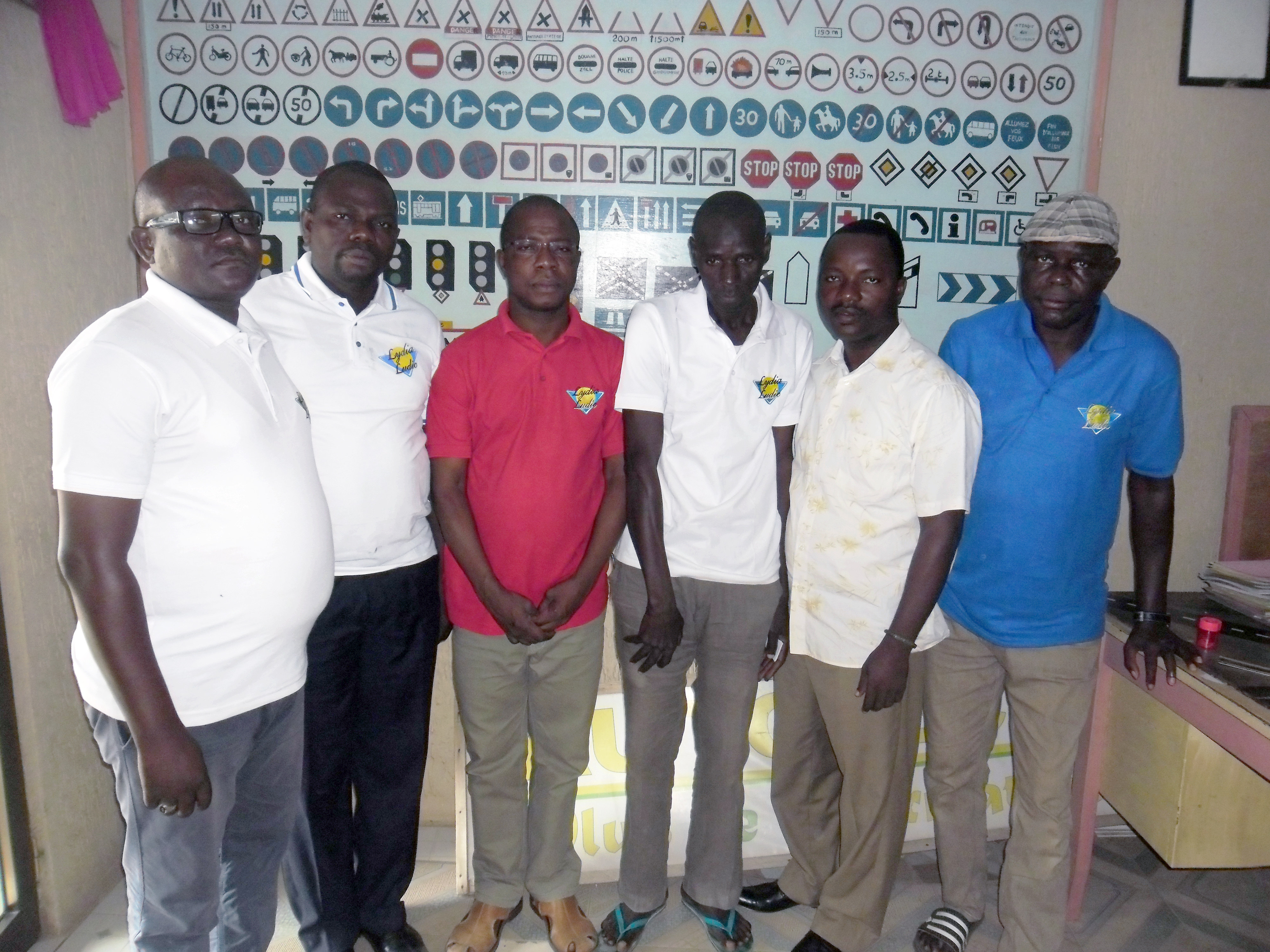 16-06-Lydia-Ludic-Togo-Lome-CSR-Interne-formation-chauffeur-nouveau-vehicules (3)