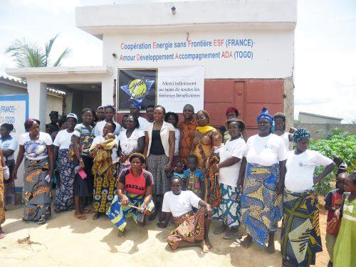 16-06-Lydia-Ludic-Togo-Lome-CSR-social-don-ADA-femmes-vivres-formation (5)