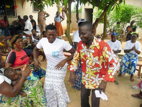 Lydia Ludic Togo vient en soutien de l'association de femmes ADA