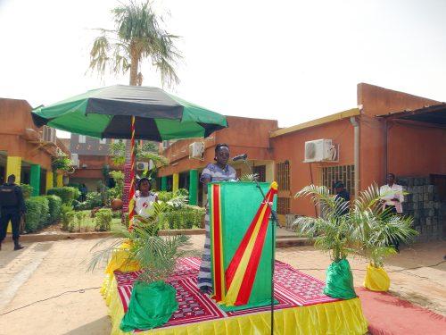 Cérémonie de lancement du port de la tenue traditionnelle par les employés de Lydia Ludic Burkina Faso, le Faso Dan Fani