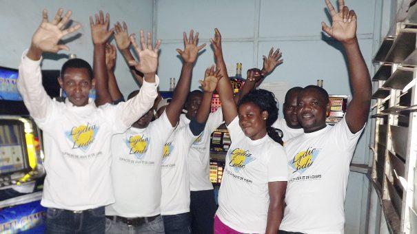 Animation Lydia Ludic Togo de l'Espace de Jeux et de Loisirs situé dans le bar partenaire Cantine Aéro dans le quartier SITO-Aéroport de Lomé