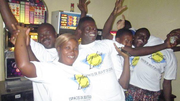 Animation Lydia Ludic Togo de l'Espace de Jeux et de Loisirs situé dans le bar partenaire Princesse dans le quartier Kegué de Lomé