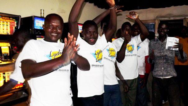 Animation Lydia Ludic Togo de l'Espace de Jeux et de Loisirs situé dans le bar partenaire Adétikopé dans le quartier Adétikopé de Lomé