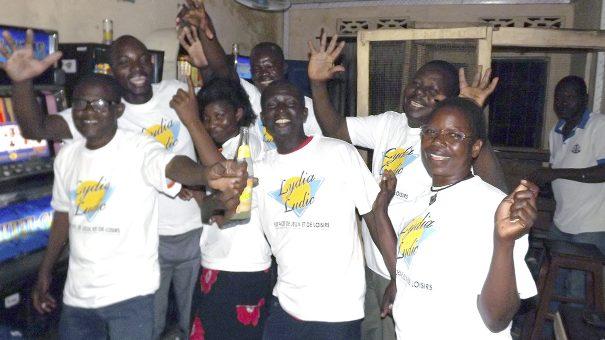 Animation Lydia Ludic Togo de l'Espace de Jeux et de Loisirs situé dans le bar partenaire Tam-Tam dans le quartier Adéwui de Lomé