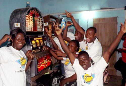 Espace de Jeux et de Loisirs du bar partenaire Madiba, dans le quartier Adidogomé (à côté de la pharmacie La Référence)