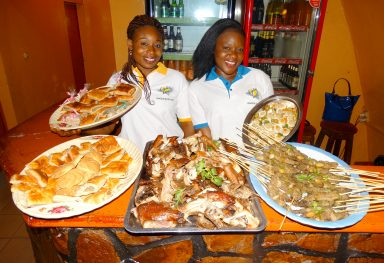 Lydia Ludic Burkina Faso · Bobo-Dioulasso · Buffet dans le quarter Sikasso Sira