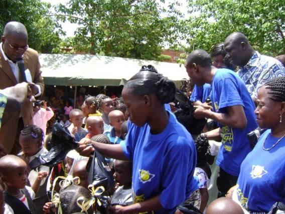 Lydia Ludic Burkina Faso sponsorise les fêtes de la commune de Do - Juin 2010