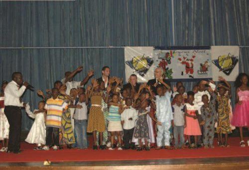 Lydia Ludic Bénin organise un Arbre de Noël pour les enfants - Décembre 2011