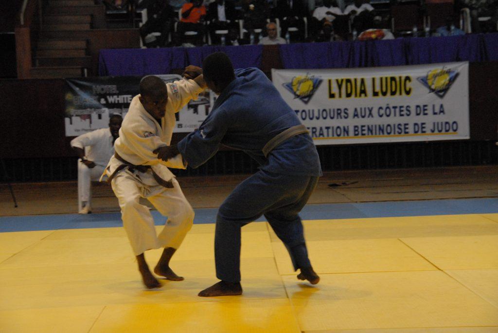 Lydia Ludic Bénin sponsorise la 3e édition du TIJCO - Juillet 2013