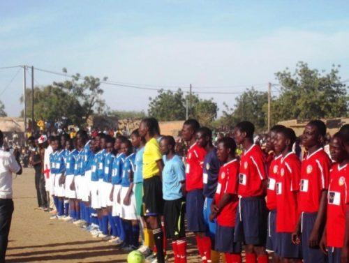 Lydia Ludic Burkina Faso s'engage en faveur du sport scolaire et universitaire - Décembre 2013