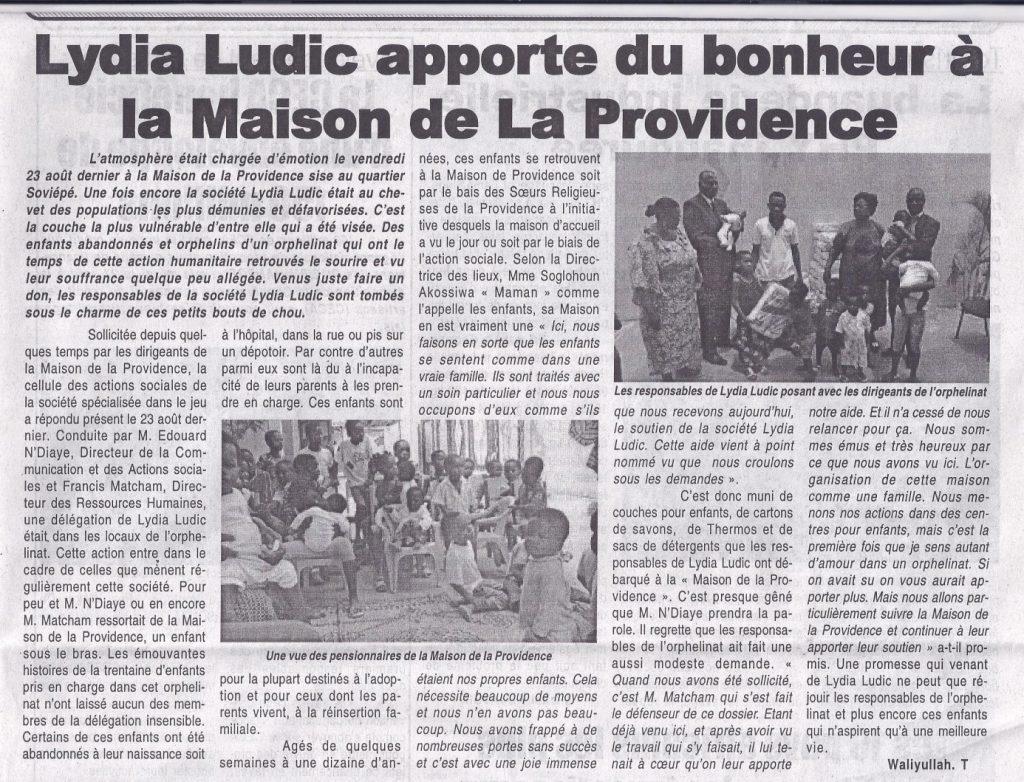 Lydia Ludic dans le journal Le Canard Independant - Lydia Ludic apporte du bonheur à la Maison de la Providence