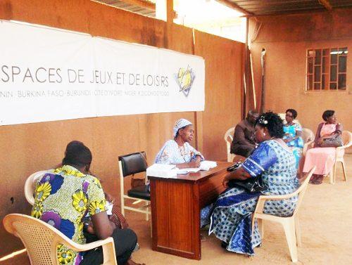 Lydia Ludic Burkina Faso organise une Campagne de dépistage du SIDA - Avril 2014