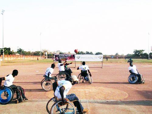 Festival Passana : Lydia Ludic Burkina Faso au centre du tournoi handisport - Avril 2014
