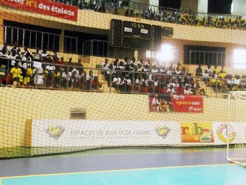 Lydia Ludic Burkina Faso sponsorise la clôture de l'USSU-BF - Avril 2014