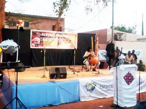 Festival Passana : Lydia Ludic Burkina Faso soutient la culture burkinabé - Avril 2014