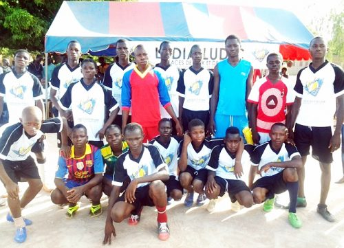 Lydia Ludic Burkina Faso parraine la Coupe du Proviseur du Lycée Santa de Niangoloko - Juin 2014