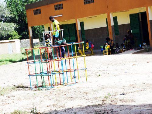 Les travaux du centre préscolaire financé par Lydia Ludic avancent - Juillet 2014