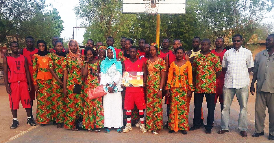Lydia Ludic Niger a sponsorisé le Fire Basketball - Février 2015