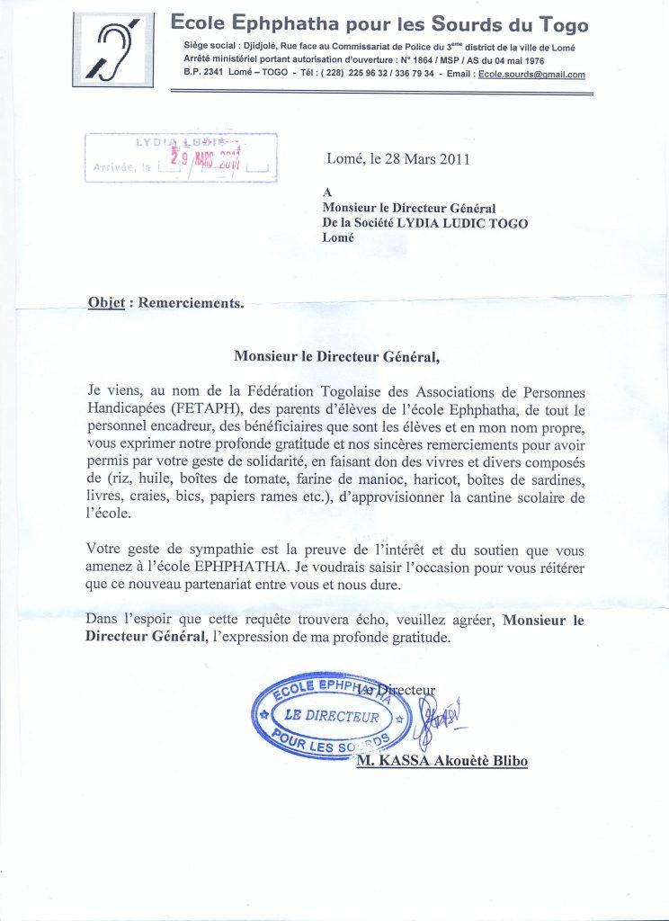 Lydia Ludic Togo soutient l'École pour les enfants sourds de Lomé - Mars 2011