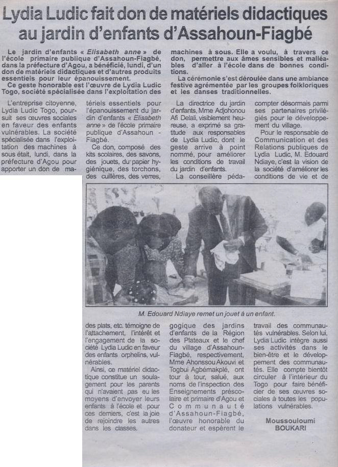 Lydia Ludic dans le journal Togo-Presse : Lydia Ludic fait don de matériels didactiques au jardin d'enfants d'Assahoun-Fiagbé
