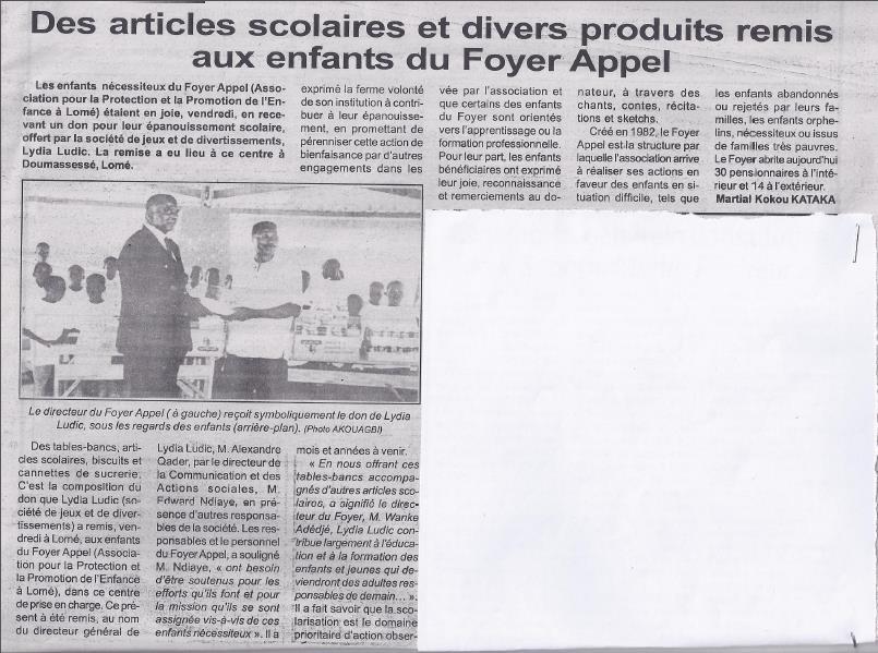 Lydia Ludic dans le journal Togo-Express : La société Des articles scolaires et divers produits remis aux enfants du Foyer Appel