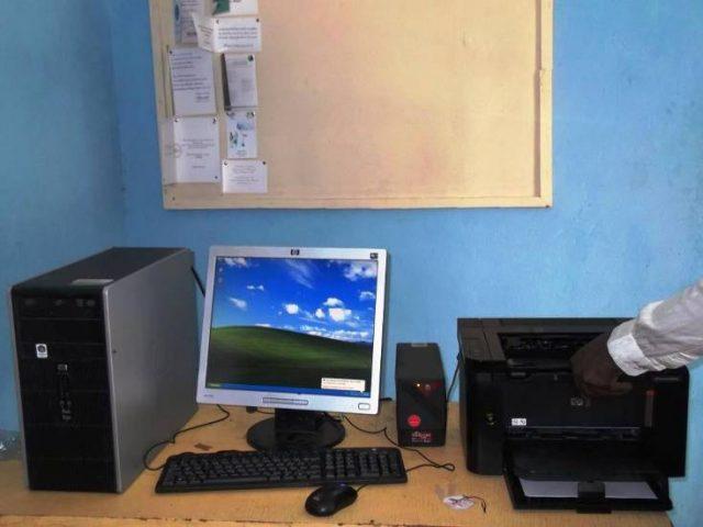 Lydia Ludic Burkina Fasofait don de matériel informatique