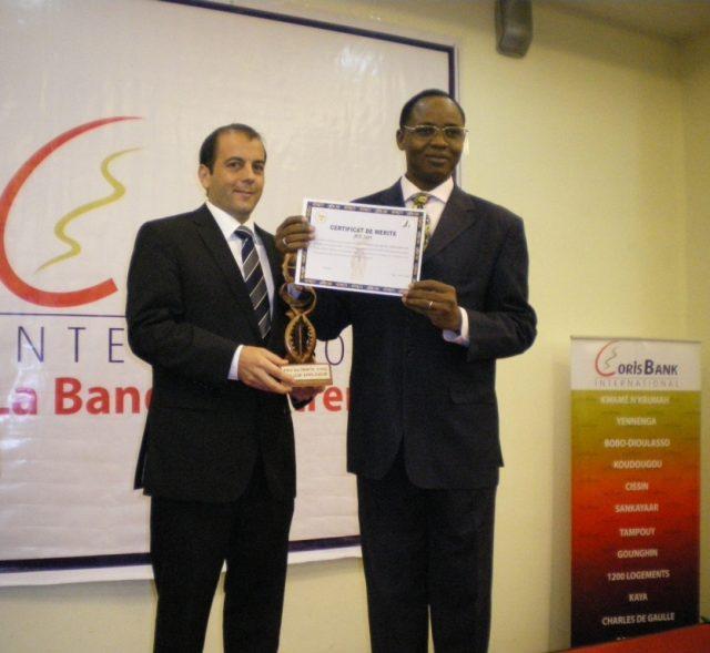 Lydia Ludic Burkina Faso élu Meilleur Employeur de l'Année - Novembre 2009