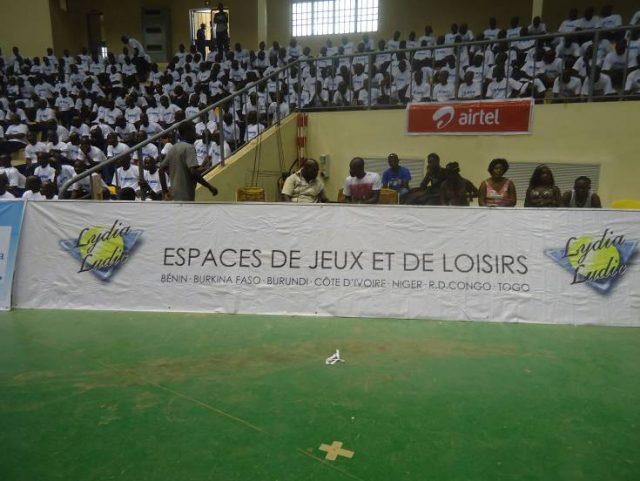 Lydia Ludic Burkina Faso parrainela cérémonie de clôture de l'USSU-BF - Avril 2012