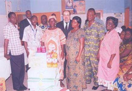 Lydia Ludic Togo fait un don à l'Hôpital de Notsé - Novembre 2009